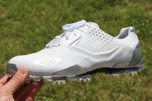 When it comes to choosing the best golf shoes under  100 you will have a  large number of options to choose from. The good news is that you will also  be able ... fc8f07df1